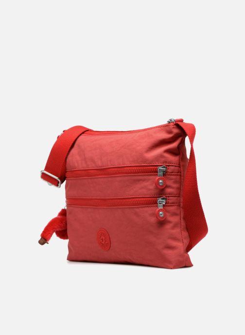 Borse kipling Alvar Rosso modello indossato
