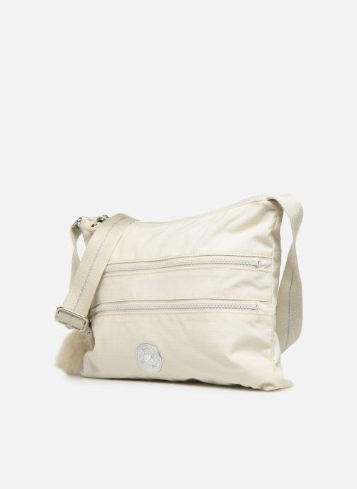 Handtaschen kipling Alvar weiß schuhe getragen