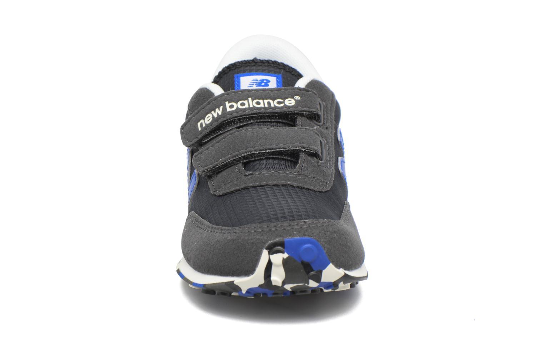 Sneakers New Balance KE410 Zwart model