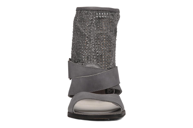 Sandales et nu-pieds UME Un matin d'été Percy Gris vue portées chaussures