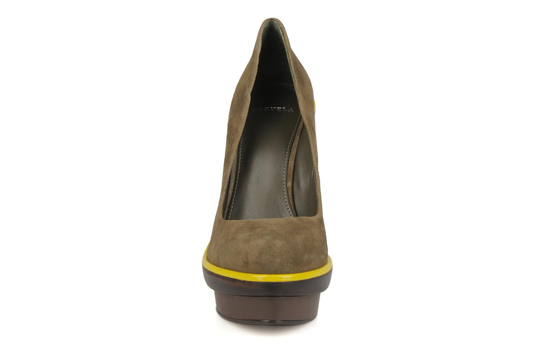 Zapatos de tacón Carvela Alpha Verde vista del modelo