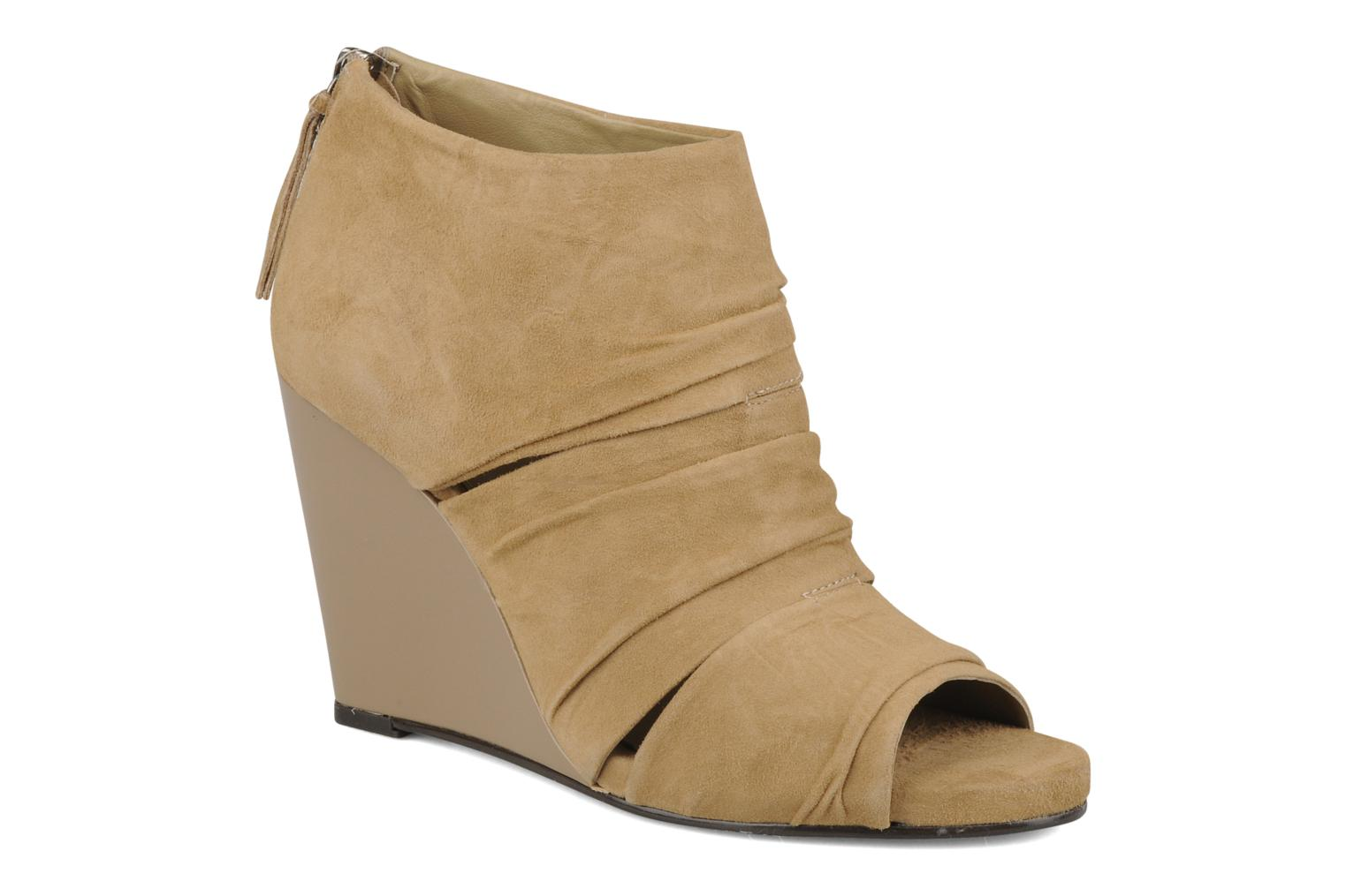 Ankle boots Carvela Asterix Beige detailed view/ Pair view