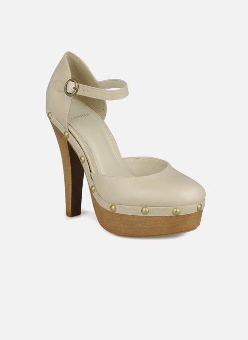High heels Carvela Acorn Beige detailed view/ Pair view