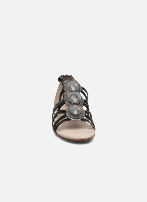 Sandals House of Harlow 1960 Silver Black model view