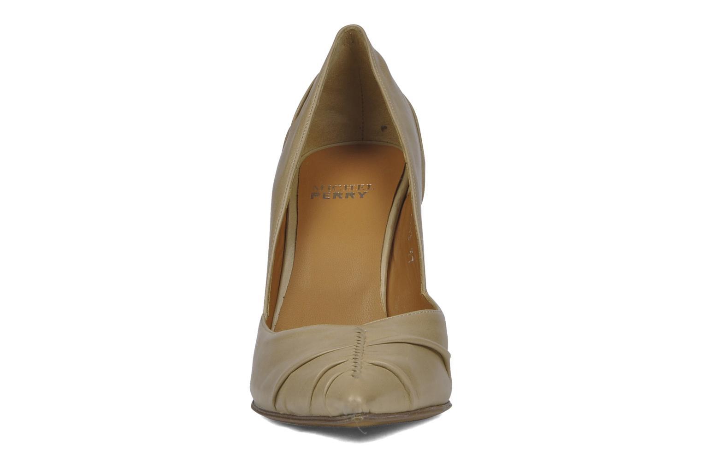Escarpins Michel Perry Nemesis Beige vue portées chaussures