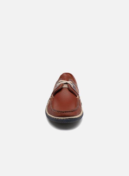 Scarpe con lacci TBS Globek Marrone modello indossato