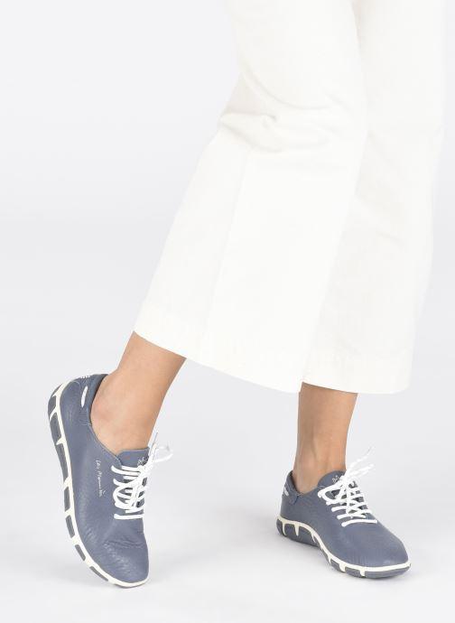 Schnürschuhe TBS Jazaru blau ansicht von unten / tasche getragen