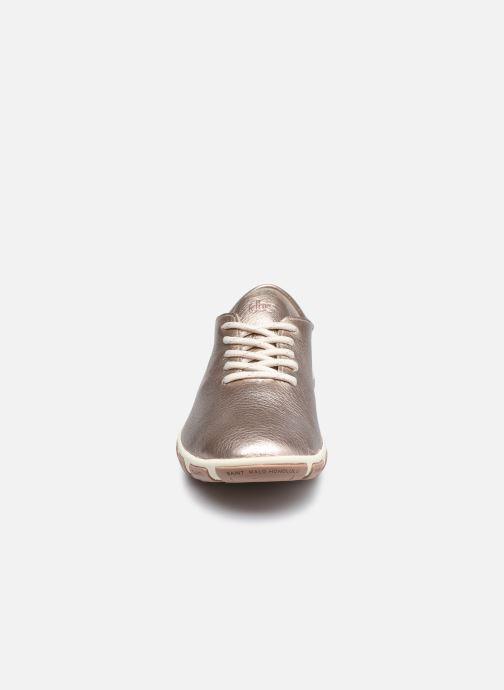 Zapatos con cordones TBS Jazaru Oro y bronce vista del modelo