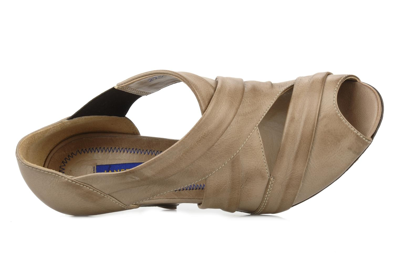 Sandales et nu-pieds Janet & Janet Vitti Beige vue gauche