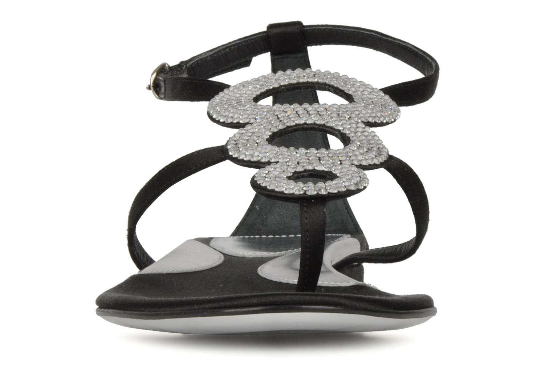 Sandales et nu-pieds Azzaro Women Dance Noir vue portées chaussures