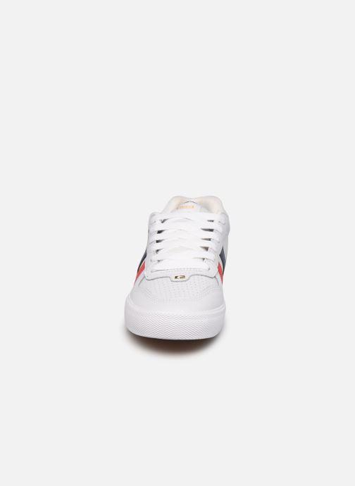 Chaussures de sport Globe Encore 2 Blanc vue portées chaussures