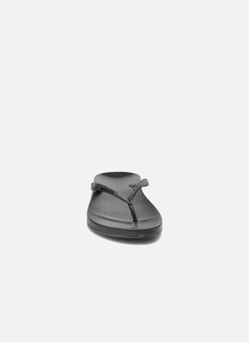 Tongs Ipanema Anatomic Brilliant III Noir vue portées chaussures