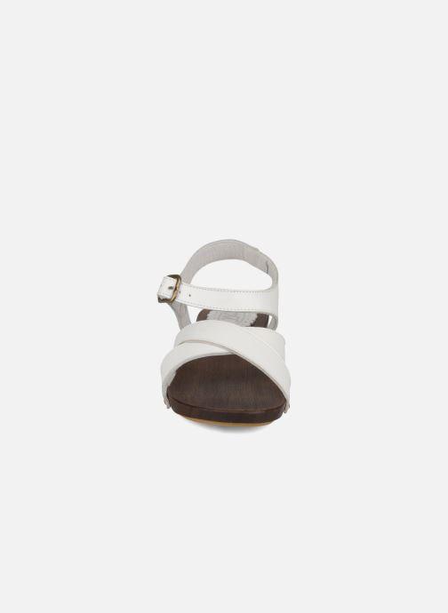 Sandales et nu-pieds C'Entre Maman & Moi! Wam Blanc vue portées chaussures