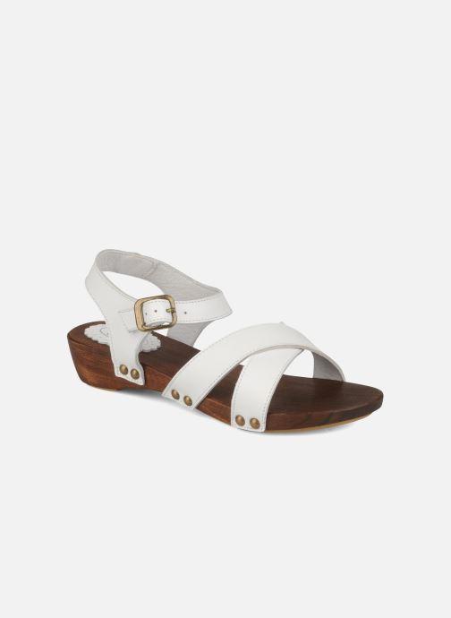 Sandals C'Entre Maman & Moi! Wam White detailed view/ Pair view
