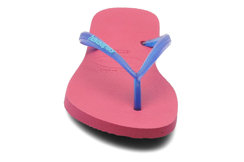 Tongs Havaianas Slim logo femme Bleu vue portées chaussures