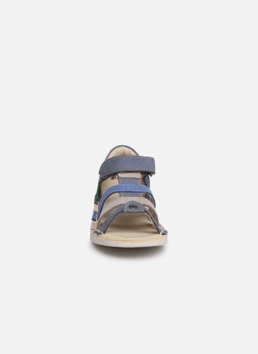 Sandales et nu-pieds Kickers Woopy Bleu vue portées chaussures