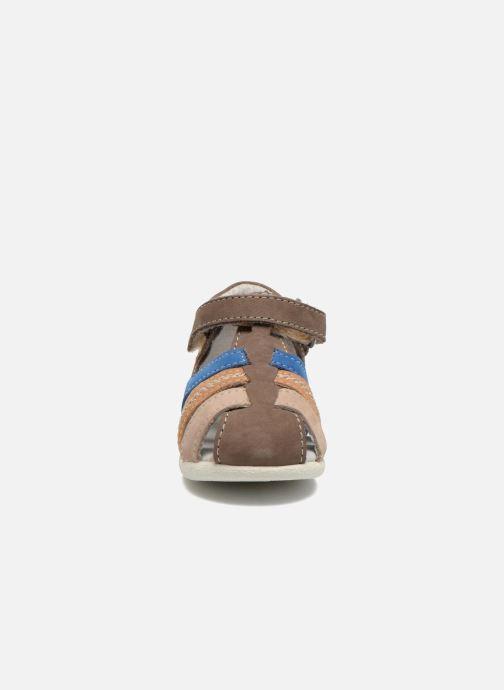 Sandalen Kickers Babysun Bruin model