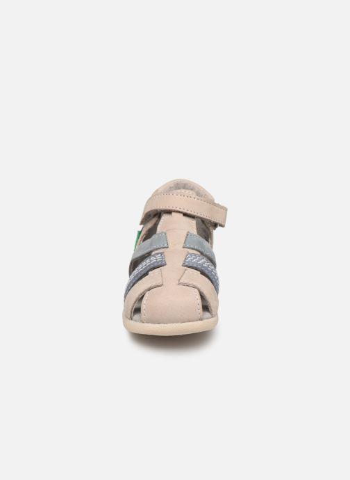 Sandalen Kickers Babysun grau schuhe getragen