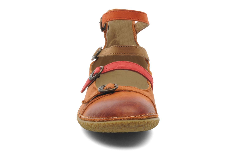 Ballerines Kickers Honore Marron vue portées chaussures