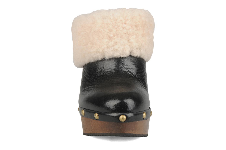 Mules et sabots Studio TMLS Fluffy Noir vue portées chaussures