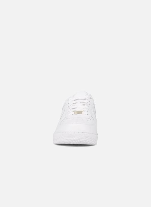Sneaker Nike Air force 1 '07 le weiß schuhe getragen