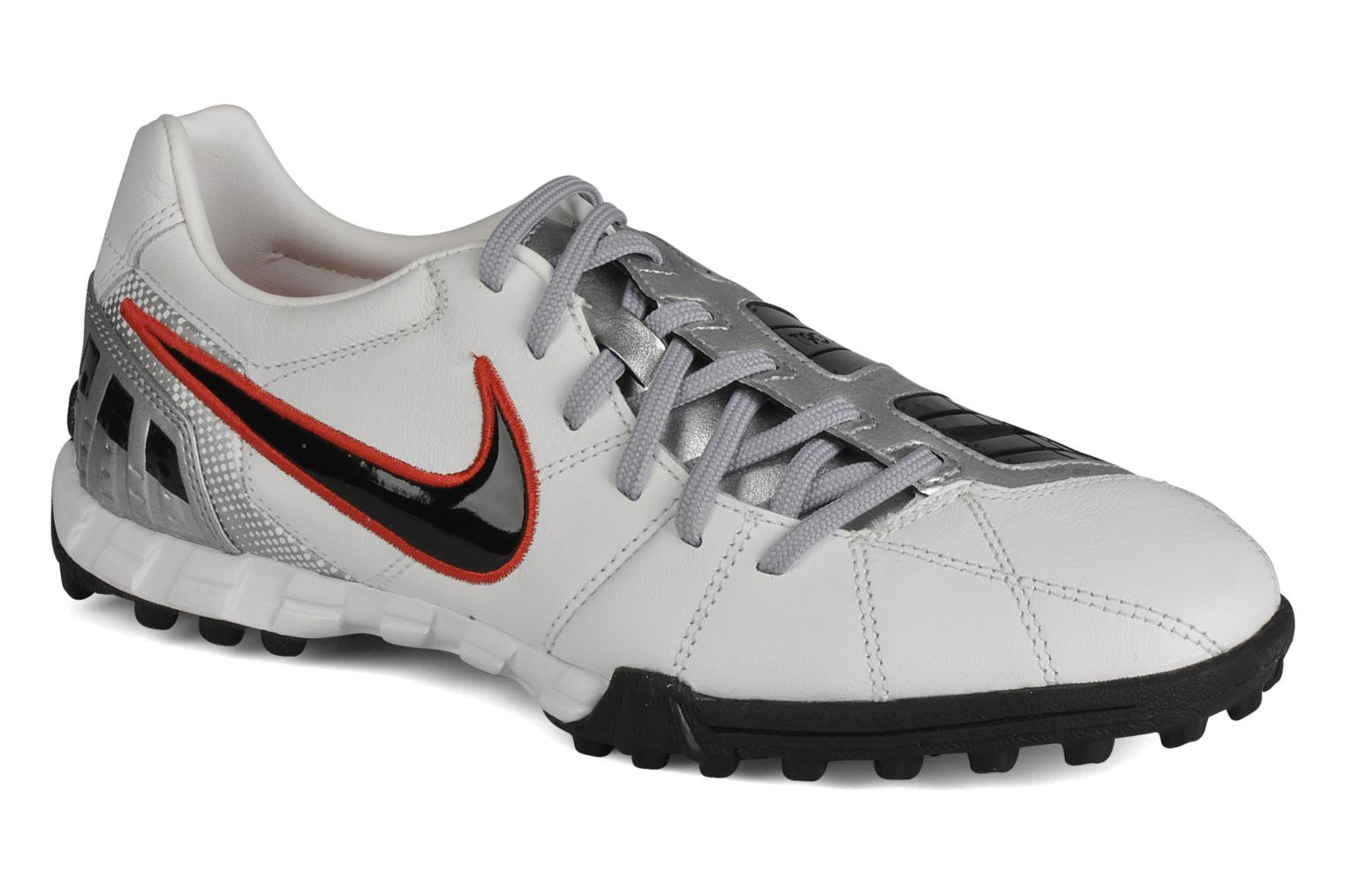 Nike Total90 Chaussures shoot iii l tf (Blanc) Chaussures Total90 de sport chez e0e97b