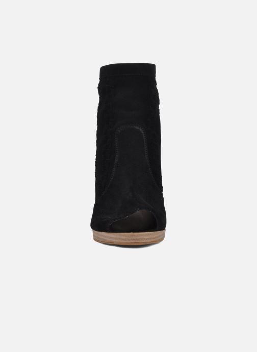 Ankle boots Jonak Aviva Black model view