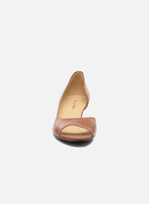 Escarpins Georgia Rose Phoeti Marron vue portées chaussures