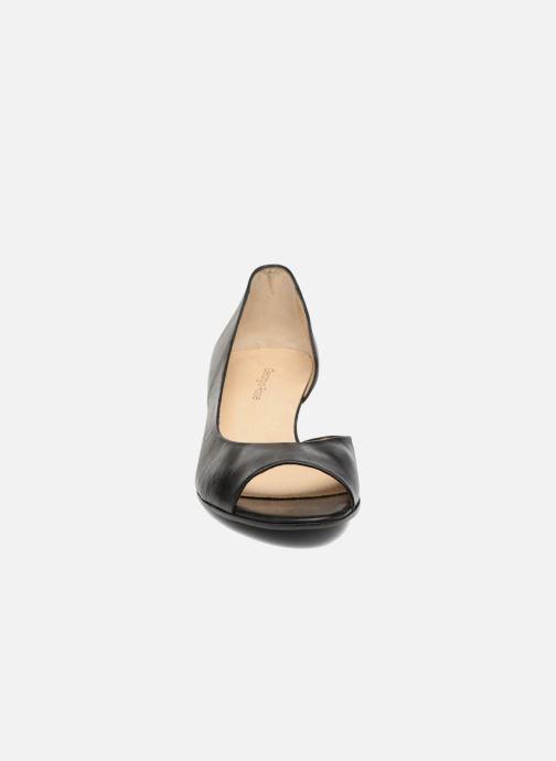 Zapatos de tacón Georgia Rose Phoeti Negro vista del modelo