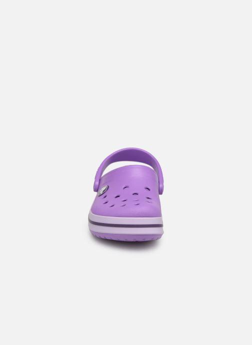 Sandales et nu-pieds Crocs Crocband kids Violet vue portées chaussures