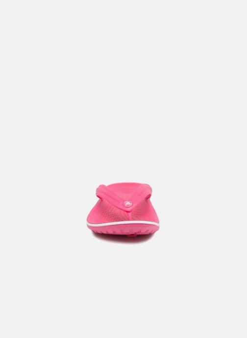 Infradito Crocs Crocband Flip W Rosa modello indossato
