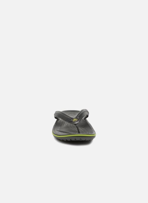 Tongs Crocs Crocband Flip M Gris vue portées chaussures