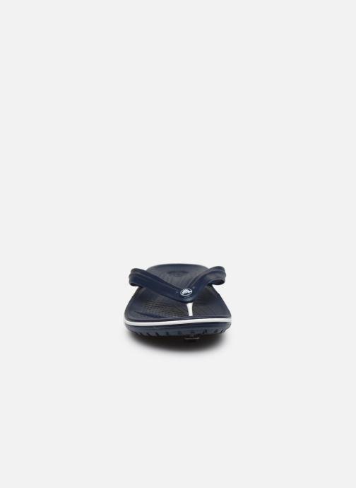 Infradito Crocs Crocband Flip M Azzurro modello indossato