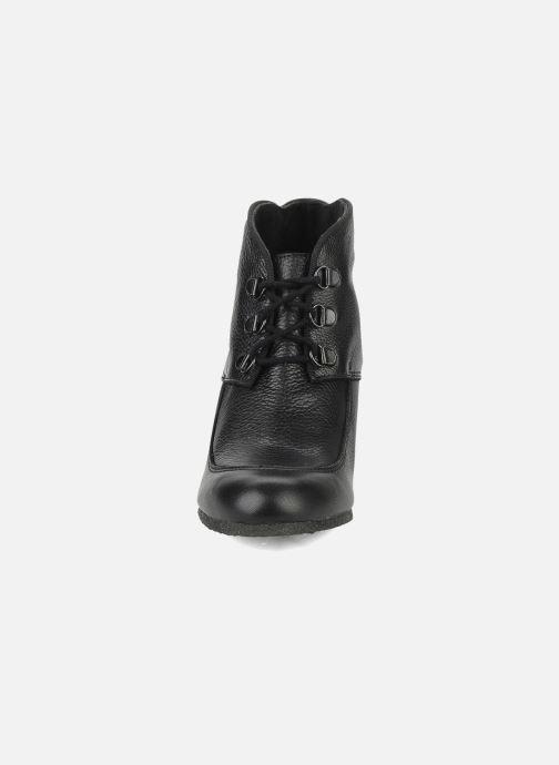 Boots en enkellaarsjes Le Mont St Michel Alameda Zwart model