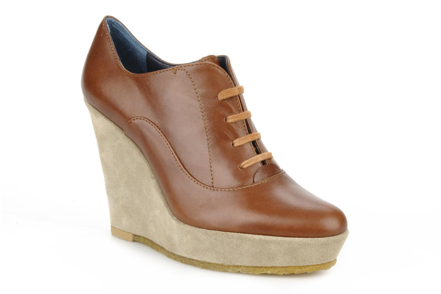 Lace-up shoes Castaner Fusta Brown detailed view/ Pair view