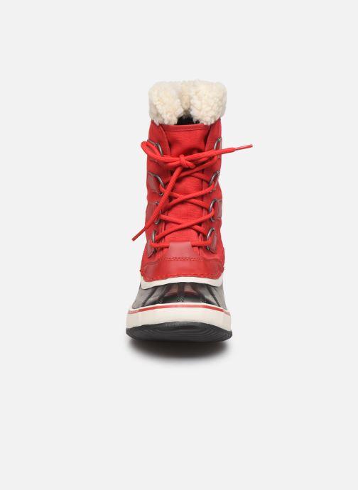 Chaussures de sport Sorel Winter Carnival Rouge vue portées chaussures