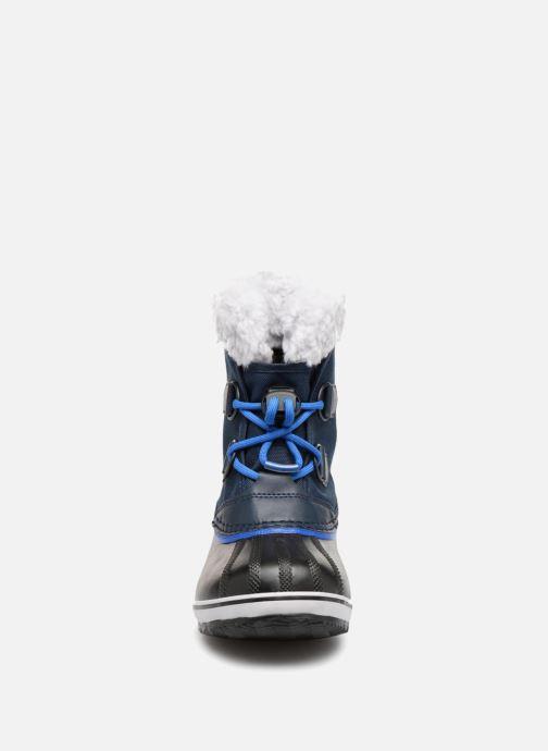 Scarpe sportive Sorel Yoot Pac Nylon Azzurro modello indossato