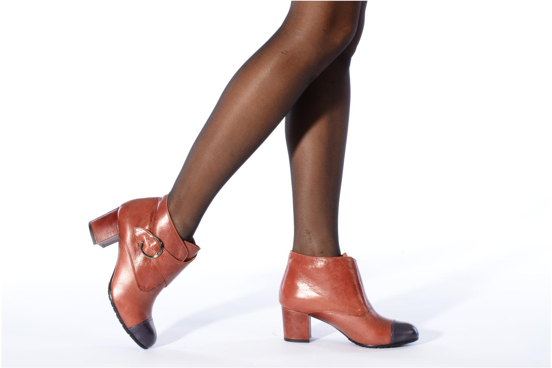 Bottines et boots Maloles Anette Marron vue bas / vue portée sac