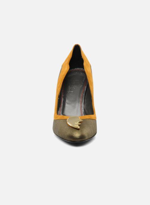 Zapatos de tacón Amelie Pichard Isabella r Marrón vista del modelo
