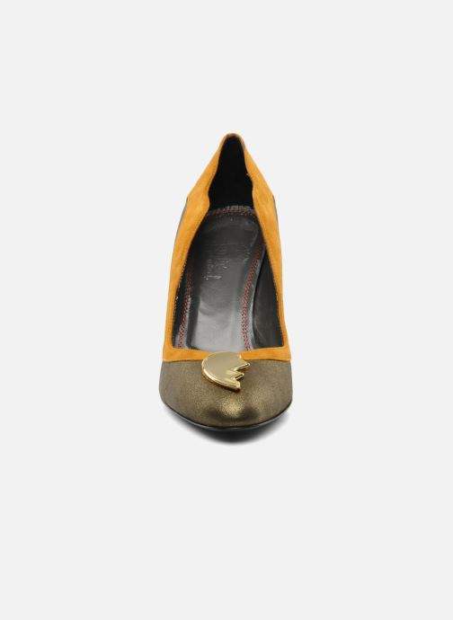 High heels Amelie Pichard Isabella r Brown model view