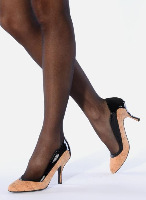 High heels Amelie Pichard Audrey Black view from underneath / model view