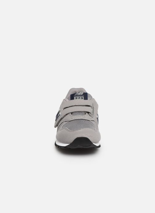 Baskets New Balance Kv373 Gris vue portées chaussures