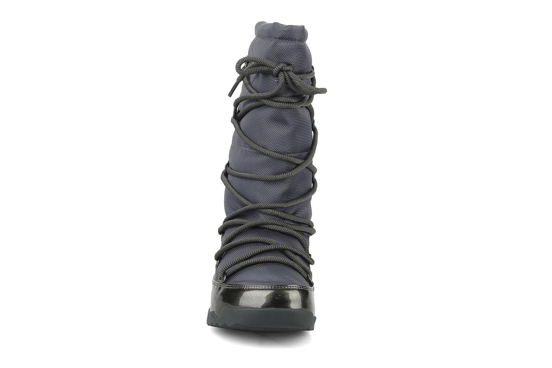 Bottines et boots FitFlop Blizz nylon Gris vue portées chaussures
