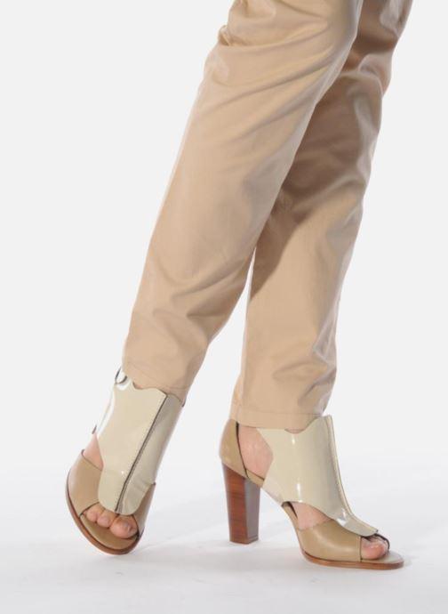Sandales et nu-pieds Tila March Sandal patch Beige vue bas / vue portée sac