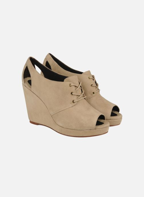 Lace-up shoes Tila March Wedge derby Beige 3/4 view