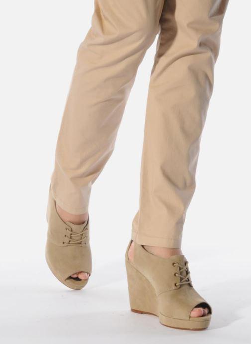 Chaussures à lacets Tila March Wedge derby Beige vue bas / vue portée sac