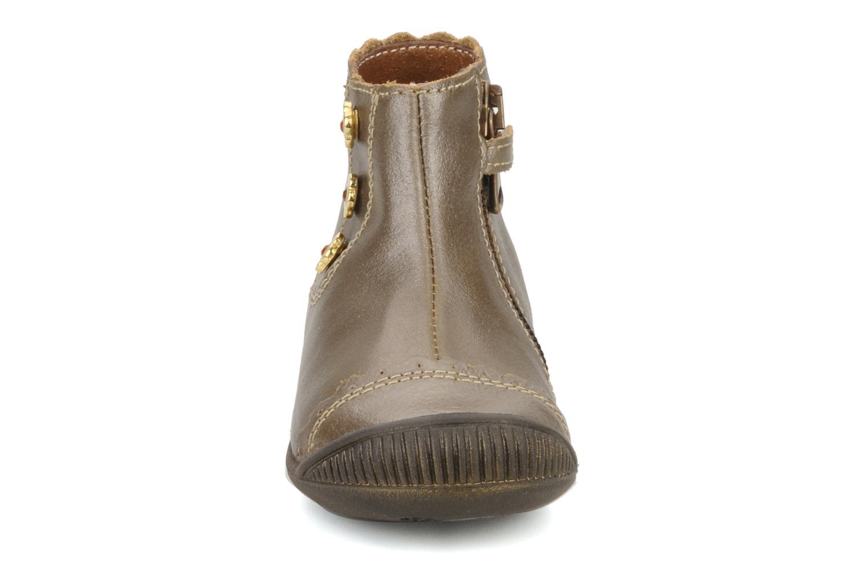 Bottines et boots Little Mary Ibiza Marron vue portées chaussures