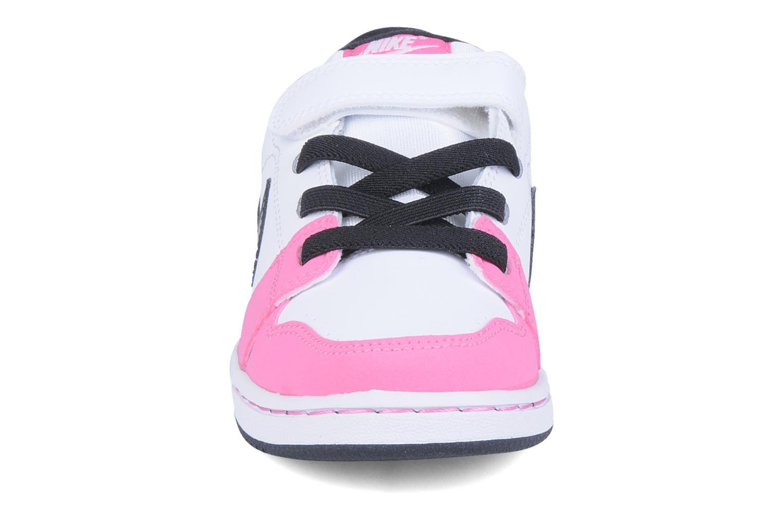 Baskets Nike Nike backboard si psv Blanc vue portées chaussures