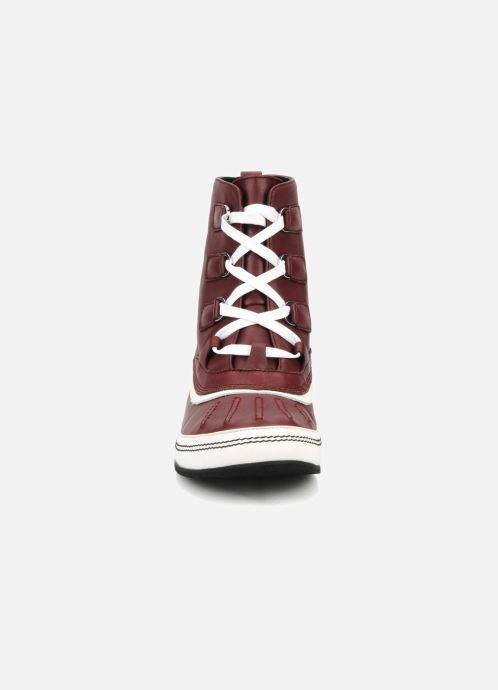 Bottines et boots Kesslord Dawson Bordeaux vue portées chaussures