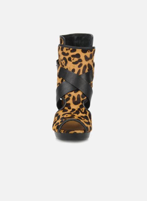 Bottines et boots Kelsi Dagger Marcelle Multicolore vue portées chaussures